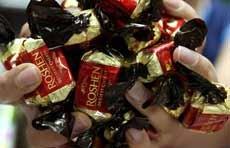 Онищенко не пускает украинский шоколад в Россию