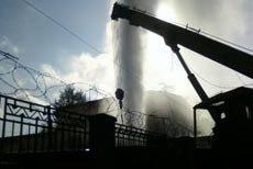 Рукотворный гейзер в центре Нижнего Тагила по проспекту Мира
