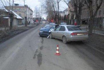В праздничные выходные на территории Нижнего Тагила произошло несколько ДТП, погиб человек