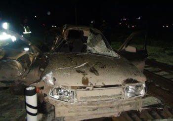 В Заречном водитель ВАЗ-2110 врезался в локомотив, пострадала женщина