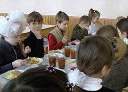 В трех школах Нижнего Тагила на 45 дней закрывают столовые по решению суда из-за нарушений