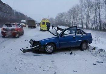 В ДТП на 15 км автодороги Н-Салда - Нижний Тагил погибла женщина