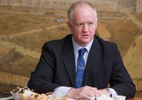 ВСМПО посетил британский консул Нил Сэмпл