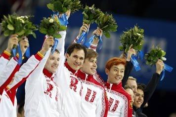 Две золотые медали завоеванные в шорт-треке вывели сборную России на 2 место в командном зачете