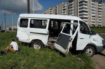 Камаз протаранил пассажирскую Газель на Вагонке утром 6 июня