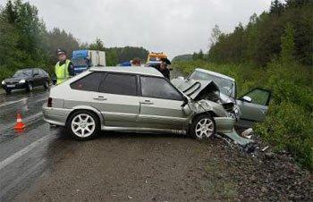 На ж/д переезде в районе Старателя ВАЗ-2115 сбил женщину, пострадавшая погибла