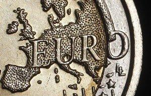Литва войдет в зону евро с 1 января 2015 года
