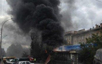 Сгорел павильон на рынке