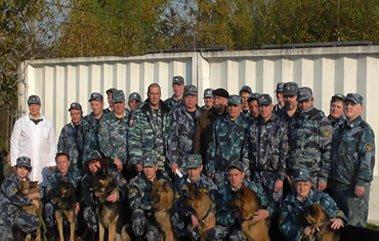 В ИК-13 прошли сборы кинологов ГУФСИН и полиции
