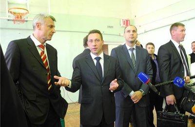 Игорь Холманских посетил Нижний Тагил с рабочим визитом