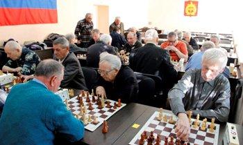 В Нижнем Тагиле прошел турнир по быстрым шахматам среди ветеранов