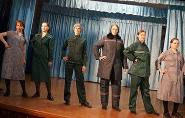 В ИК-6 прошел показ перспективных моделей одежды для заключенных