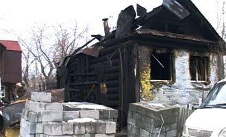 На улице Рабочая на Старой Гальянке сгорел дом, погибли два человека