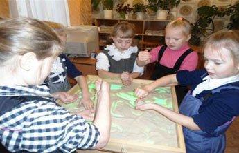 В Центральной библиотеке Нижнего Тагила пройдет выставка детских работ