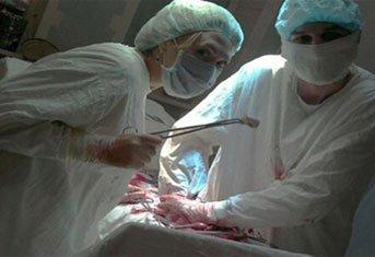 Отвязное селфи медсестры в операционной вызвало шок у жителей Нижнего Тагила