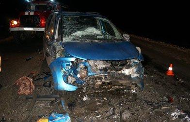 В ДТП под Нижним Тагилом погибли два человека, трое получили травмы