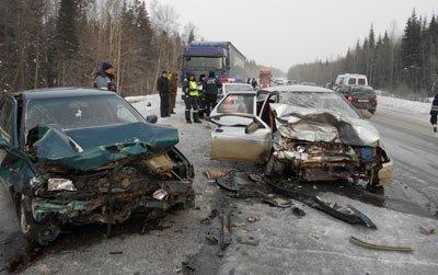 В ДТП на 331 км Пермской трассы пострадали пять человек