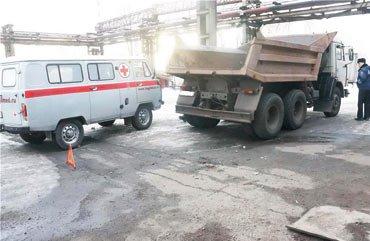 На НТМК грузовик КамАЗ задавил мужчину