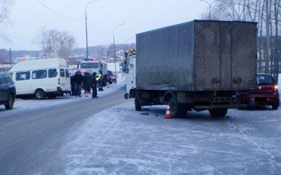 Около Старателя стокнулись грузовик, пассажирская
