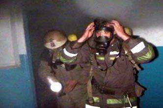 Во время пожара в поселке Сухоложский пострадал сотрудник ГИБДД