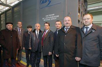 Уралвагонзаводцы отправляют первую партию вагонов в Азербайджан