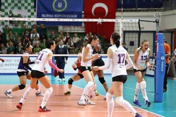 Серебро престижного европейского турнира завоевали волейболистки