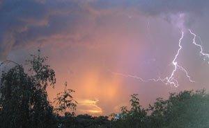 На 1 и 2 августа в Свердловской области объявлено штормовое предупреждение
