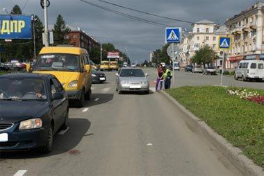 На Вагонке автоледи сбила бабулю на пешеходном переходе