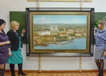 Поднос-гигант можно увидеть на выставке в Историко-краеведческом музее