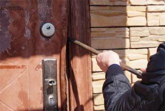 В Серебрянке вор вынес из дома имущество на 62 тысячи рублей