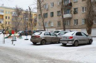 В Нижнем Тагиле не хватает мест для парковки автотранспорта