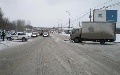 Три человека пострадали в ДТП на дорогах города 20 октября 2015 года
