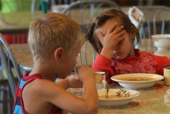Роспотребнадзор назвал причины массового отравления в детском саду №198
