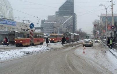 В Екатеринбурге злостная нарушительница ПДД сбила пешехода на