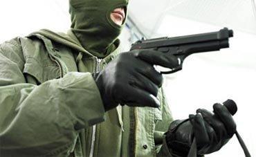 На Вагонке криминальная троица ограбила магазин, преступники задержаны