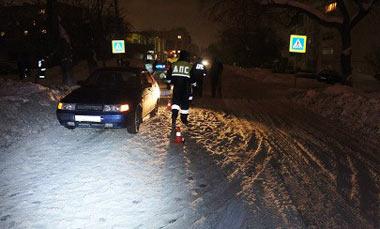 В микрорайоне ВМЗ водитель ВАЗ-2112 сбил пешехода