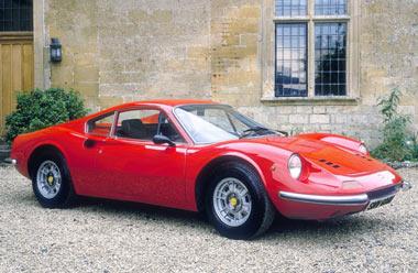 На аукционе редкая модель Феррари продана за 32 млн евро