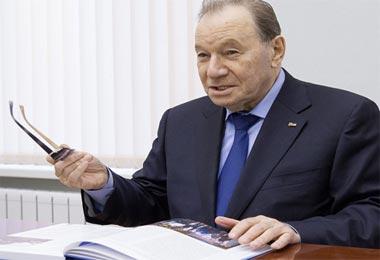Михаил Аршанский избран председателем Общественной палаты Нижнего Тагила