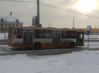 Правоохранители устанавливают свидетелей ДТП на Уральском проспекте, в котором тяжелые травмы получила пенсионерка