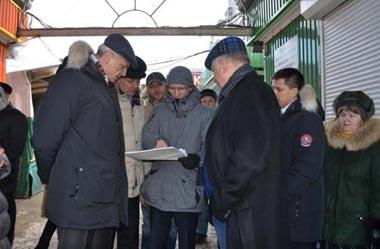 Сергей Носов посетил Центральный рынок и рынок