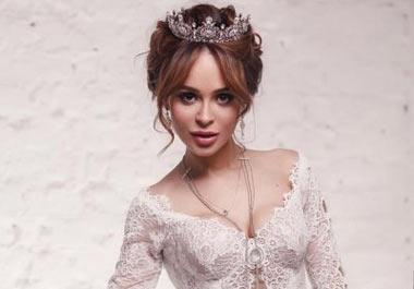 Калашникова так и не дождалась Шаляпина в день свадьбы у ЗАГСа