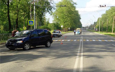 На Восточном шоссе иномарка сбила ребенка на переходе