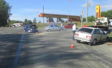Пьяный водитель устроил ДТП в районе автозаправки на Садоводов