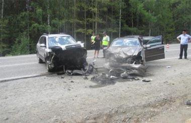 Под Черноисточинском столкнулись три автомобиля
