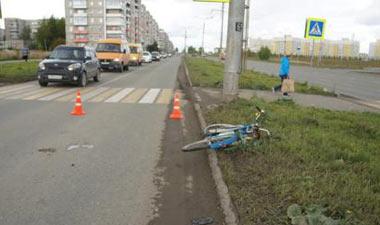 На Уральском проспекте водитель ВАЗа сбил 77-летнего велосипедиста