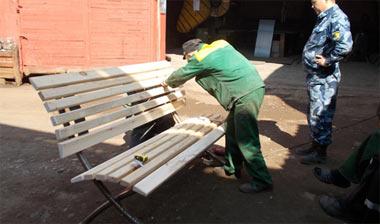 Админстрация Нижнего Тагила заказала 230 лавок и урн в ГУФСИН