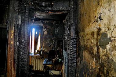 Пенсионер отравился угарным газом во время пожара в жилом доме на Газетной