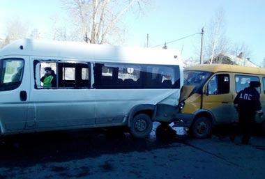 Массовое ДТП на Черноисточинском шоссе устроил водитель-бесправник
