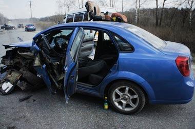 В ДТП в районе села Покровское пострадали три человека