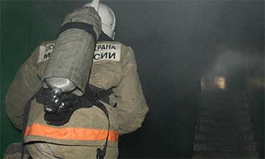 Пожарные эвакуировали 36 человек из дома по Красноармейской